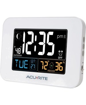 AcuRite Intelli-Time Clock with Outdoor Temperature and USB Charger